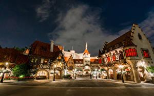 Bilder USA Disneyland Park Gebäude Kalifornien Anaheim Design HDR Nacht Straßenlaterne Städte