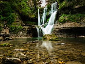 Fotos Spanien Wasserfall Steine Felsen Laubmoose El Sallent Catalonia Natur