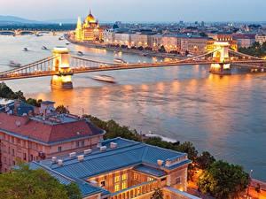 Fotos Ungarn Budapest Fluss Brücken Abend Danube