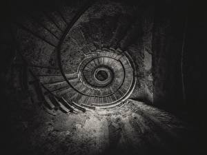 Bilder Treppe Schwarz weiß Untersicht Ansicht von unten Alt