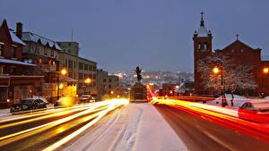 Bilder Kanada Gebäude Wege Abend Winter Denkmal Quebec Straße Straßenlaterne Bewegung Sherbrooke