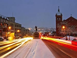 Bilder Kanada Gebäude Straße Abend Winter Denkmal Stadtstraße Straße Straßenlaterne Bewegung Sherbrooke Städte