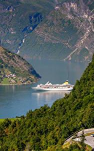 Hintergrundbilder Norwegen Flusse Wälder Schiffe Geiranger Fjord Natur