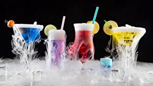 Hintergrundbilder Cocktail Alkoholische Getränke Schwarzer Hintergrund Weinglas Eis Dampf Lebensmittel