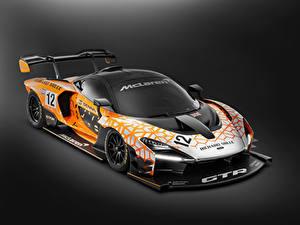 Bilder McLaren Fahrzeugtuning Grauer Hintergrund 2018 Senna GTR Concept Autos