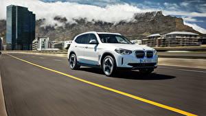 Hintergrundbilder BMW Straße Fährt Weiß Softroader Metallisch iX3, G08, Worldwide, 2020 Autos