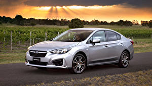 Fotos Subaru Silber Farbe 2016 Impreza Sedan 2.0i