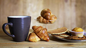 Fotos Croissant Kekse Keks Frühstück Tasse
