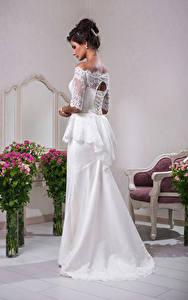 Hintergrundbilder Sträuße Brautpaar Kleid Braunhaarige