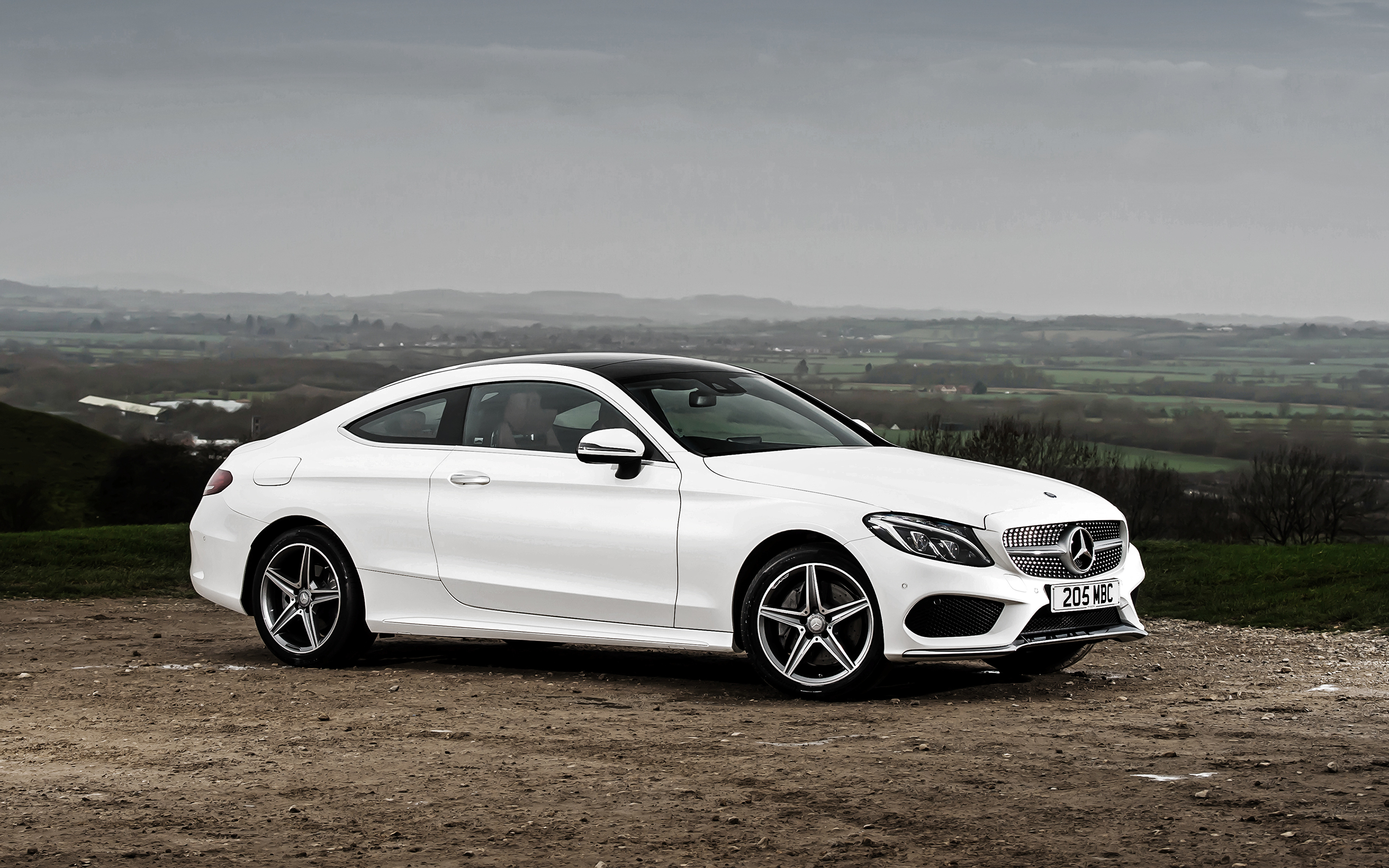 Picture Mercedes Benz Amg C Class C205 Coupe White Side 3840x2400