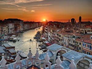 Hintergrundbilder Italien Sonnenaufgänge und Sonnenuntergänge Haus Venedig Kanal Sonne Städte