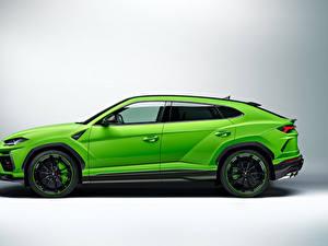 Bilder Lamborghini Crossover Seitlich Grün Metallisch Urus, Pearl Capsule, 2020 Autos