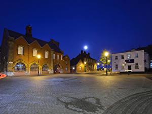 Hintergrundbilder England Gebäude Platz Nacht Straßenlaterne Mond Dayus Square Birmingham