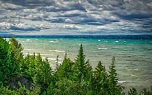 Bilder Vereinigte Staaten Landschaftsfotografie Flusse Wasserwelle Himmel Michigan Bäume Wolke Northport