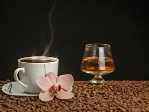 Hintergrundbilder Kaffee Alkoholische Getränke Orchideen Schwarzer Hintergrund Tasse Dampf Getreide Weinglas Lebensmittel