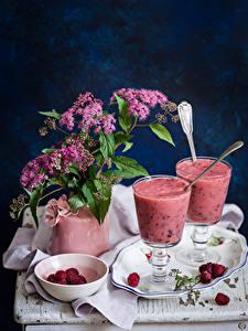 Fotos Stillleben Cocktail Himbeeren Trinkglas Teller