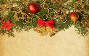 Fotos Neujahr Ast Kugeln Schleife Glocke