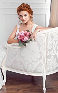 Fonds d'écran Bouquets Fauteuil Roux Fille Mariées Voir Les robes