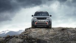 Bilder Steine Land Rover Felsen Vorne Graue Metallisch Sport Utility Vehicle Discovery 4x4 2017 V8 SVX 525 Autos