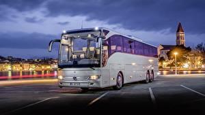 Pictures Mercedes-Benz Bus Evening Silver color Tourismo Cars