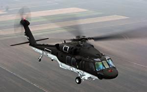 Fotos Hubschrauber Flug Amerikanischer S-70i, BLACK HAWK Luftfahrt