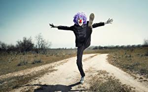 Hintergrundbilder Mann Clown Bein