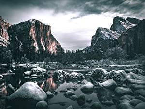 Bilder Steine Flusse Gebirge USA Landschaftsfotografie Yosemite Kalifornien Schnee Felsen Natur