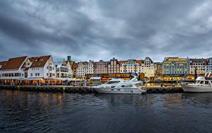 Bilder Norwegen Haus Flusse Schiffsanleger Yacht Bergen