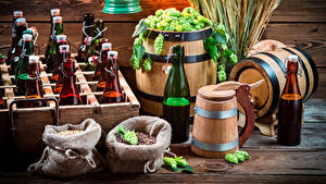 Fotos Echter Hopfen Bier Fass Flasche Ähre Lebensmittel