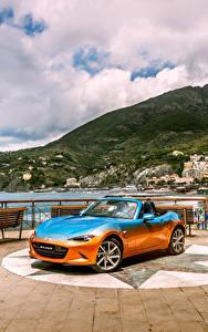 Bilder Mazda Tuning Cabriolet Metallisch 2016 MX-5 Levanto by Garage Italia Customs Autos