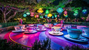 Bilder Vereinigte Staaten Park Disneyland Kalifornien Anaheim Design Tasse Nacht Natur