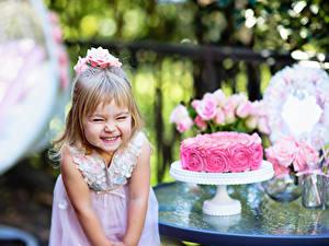 Papéis de parede Aniversário Bolo Menina Alegria Crianças