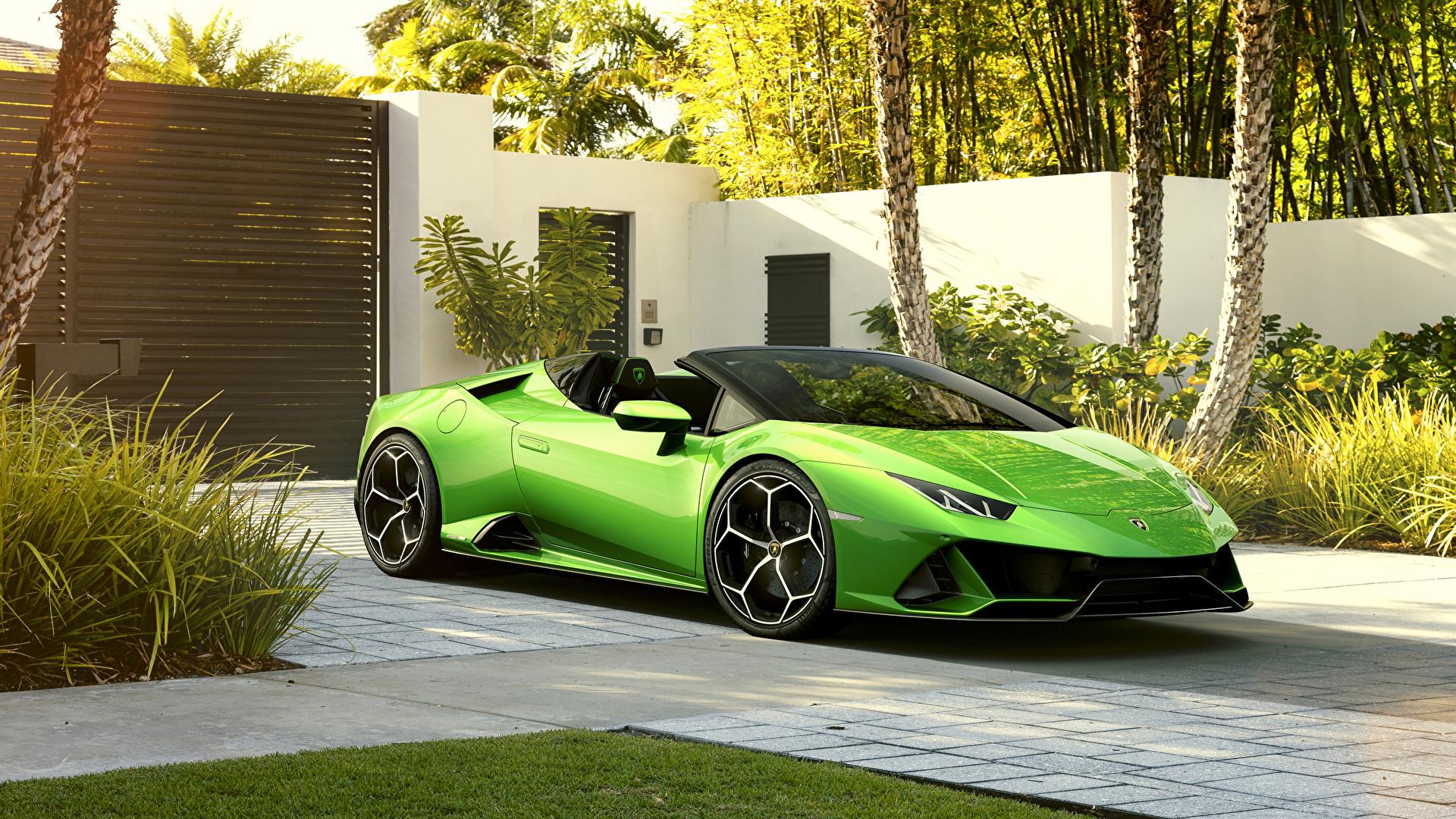 Hintergrundbilder Lamborghini 2019 Huracan EVO Spyder Roadster Gelbgrüne Autos Metallisch 1920x1080