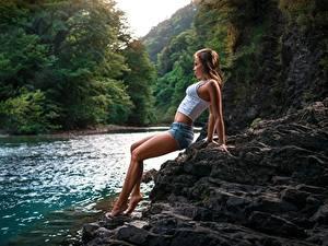 Hintergrundbilder Flusse Hübsch Bein Shorts Unterhemd Denis Antipin Mädchens
