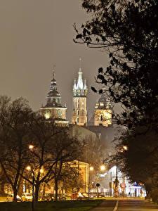 Hintergrundbilder Krakau Polen Burg Nacht Bäume Straßenlaterne Wawel Städte