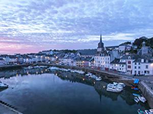 Hintergrundbilder Frankreich Haus Seebrücke Abend Motorboot Bucht Le Palais Brittany