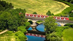 Hintergrundbilder Felder Flusse Brücken Züge Von oben