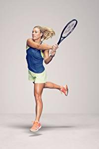 Fotos Tennis Laufsport Grauer Hintergrund Bein German WTA Angelique Kerber Mädchens