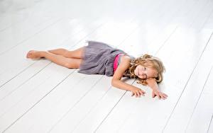 Hintergrundbilder Bretter Kleine Mädchen Model Kleid Niedlich Kinder