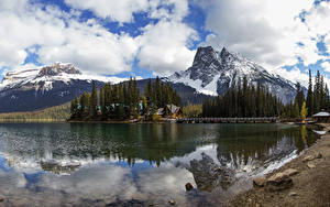 Bilder Kanada Park Gebirge See Wälder Bootssteg Landschaftsfotografie Yoho National Park