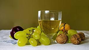 Bilder Weintraube Schalenobst Wein Stillleben Walnuss Weinglas