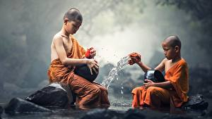 Fotos Steine Asiatische Junge 2 Sitzt Kinder
