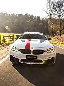 Image BMW Front Motion White M4 2018 550 MH4 Manhart Racing Cars