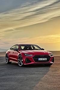 Bilder Morgendämmerung und Sonnenuntergang Audi Rot Metallisch Sportback, RS7, 2020 auto