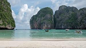 Bilder Thailand Insel Boot Motorboot Meer Felsen Strand Bucht Ko Phi Phi Le