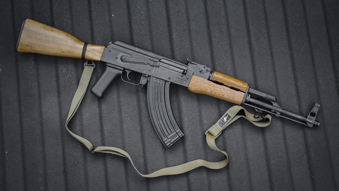 Fotos AK 47 Sturmgewehr russischer Heer 1366x768 Kalaschnikow Russische russisches
