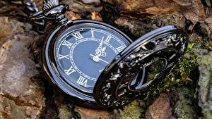 Hintergrundbilder Uhr Taschenuhr Zifferblatt Hautnah