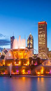 Fotos Vereinigte Staaten Wolkenkratzer Springbrunnen Abend Chicago Stadt Buckingham fountain