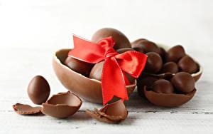 Bilder Ostern Schokolade Ei Schleife Lebensmittel