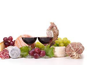Hintergrundbilder Stillleben Wein Weintraube Schinken Wurst Käse Weißer hintergrund Weinglas 2